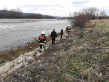 Przeszukali brzegi rzeki. Akcja nad Dunajcem zakończona [ZDJĘCIA]