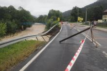Droga 968 w Kamienicy już przejezdna! Trwa usuwanie zniszczeń po powodzi