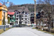 Krynica: rekonstruowana willa Tatrzańska zapełniła pusty plac