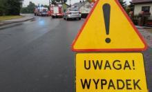 Dachowanie na krajówce w Brzesku. Droga DK-75 całkowicie zablokowana