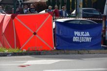 Dramat na ulicy Węgierskiej. Mężczyzna zginął pod kołami samochodu