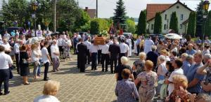 Parafianie z Bukowca pożegnali swojego proboszcza ks. Zdzisława Sąsiadka