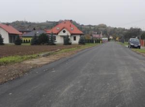 Wójt gminy Łososina Dolna zdecydował się wyremontować drogi