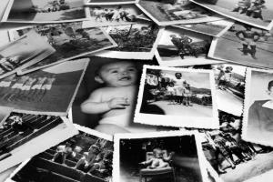 Facebook oszalał. Wszyscy wrzucają zdjęcia z dzieciństwa. O co chodzi?