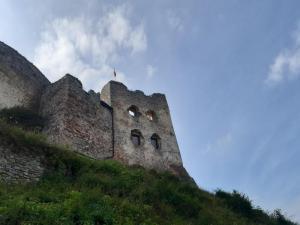 """Tu kręcili """"Janosika"""". Zobaczcie zamek w Czorsztynie"""